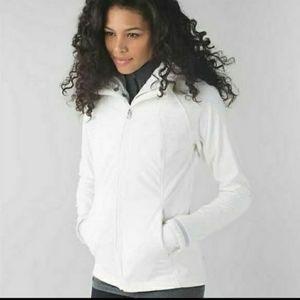 Lululemon Wind Runner jacket